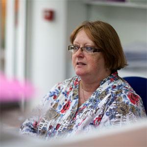 Irène KRAWCZYNSKI, chargée du suivi des dossiers de droit social
